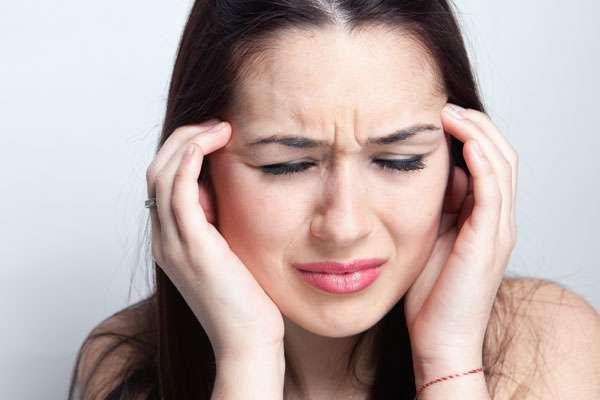 Một trong những nguyên nhân gây ra đau đầu