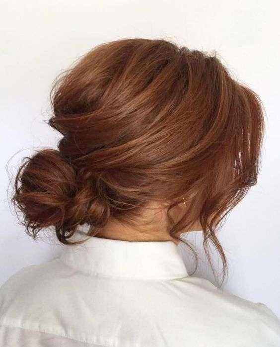 Kiểu tóc búi rối thấp