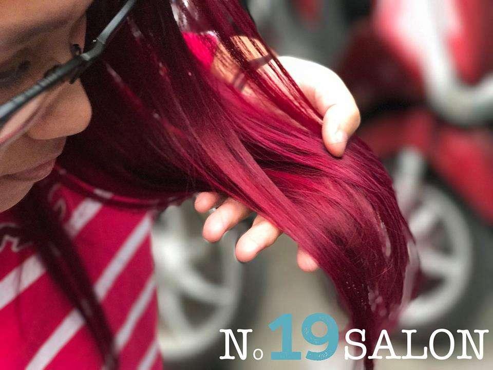 No 19 Salon