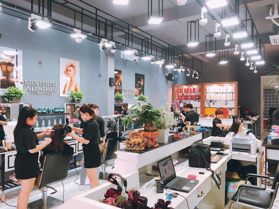 Niên is new hair salon