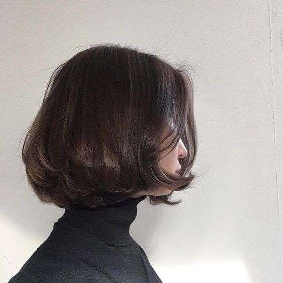 tóc bob uốn cụp đuôi