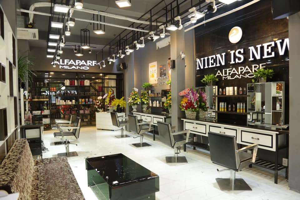 Niên is New Salon