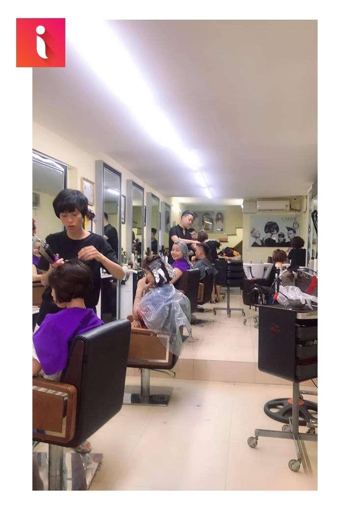 Hair Salon Phương Liên luôn tấp nập và đông đúc