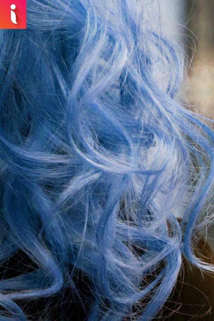 xanh đen là một trong những màu tóc nâng tone vô cùng hiệu quả