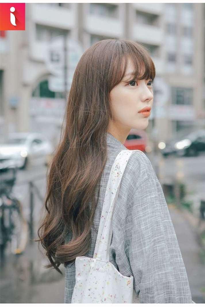 Dịu dàng, e ấp với tóc mái thưa cho mặt dài
