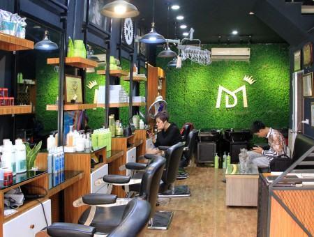 Salon Minh Molly
