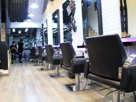 Salon Tuyền