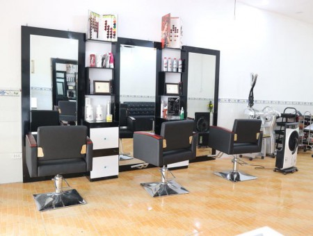 Hair Salon Phuc Seven
